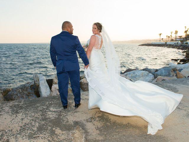 La boda de Ronnie y Francisca en Benalmadena Costa, Málaga 24