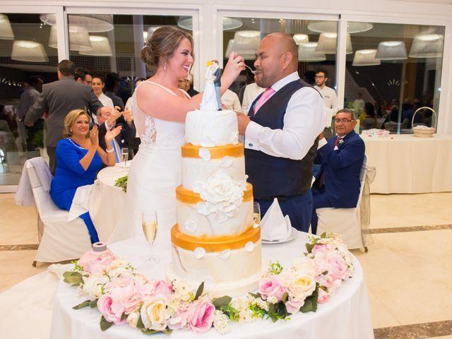 La boda de Ronnie y Francisca en Benalmadena Costa, Málaga 34