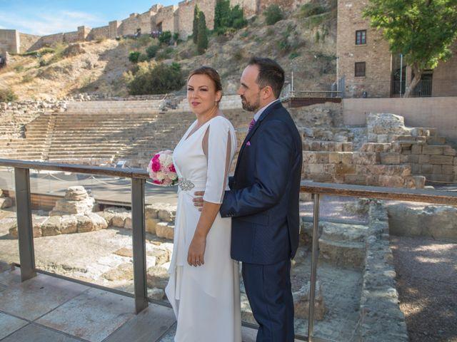La boda de Pablo y Patricia en Málaga, Málaga 13
