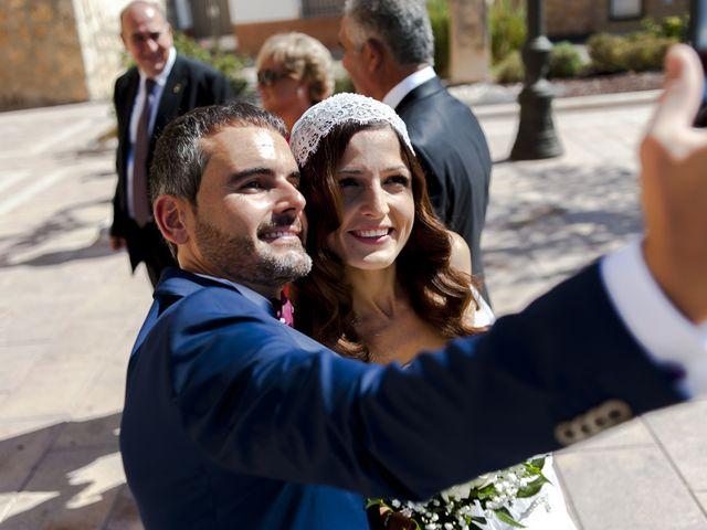 La boda de Alejandro y Mari Carmen en Villarrobledo, Albacete 22