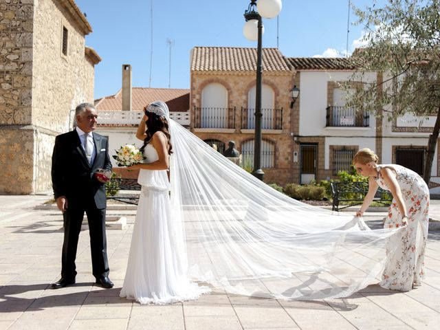 La boda de Alejandro y Mari Carmen en Villarrobledo, Albacete 23