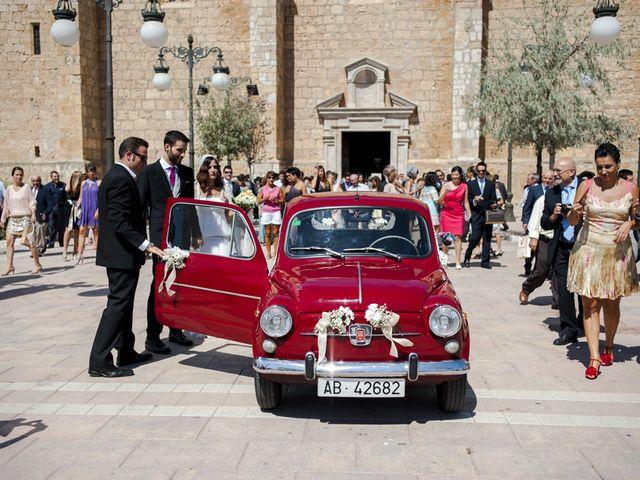La boda de Alejandro y Mari Carmen en Villarrobledo, Albacete 33