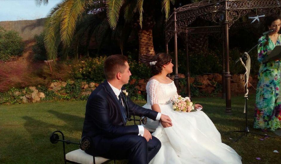 La boda de Ángel  y Isa en Mérida, Badajoz