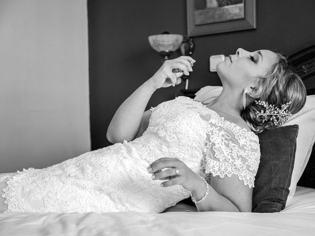 La boda de Cristian y María en Torrejon De La Calzada, Madrid 15