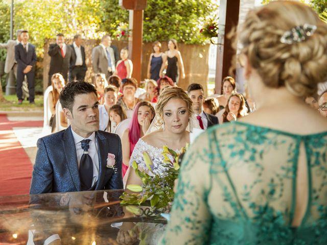 La boda de Cristian y María en Torrejon De La Calzada, Madrid 24