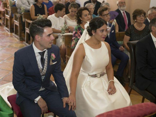 La boda de Antonio y Estefanía  en Caudete, Albacete 4