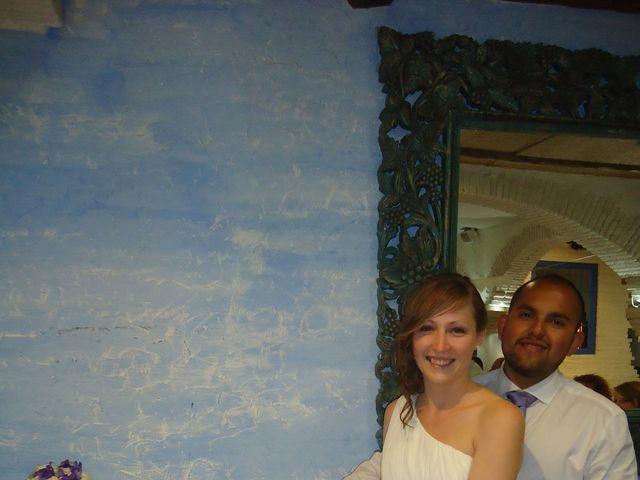 La boda de Victor y Chloe en Madrid, Madrid 15