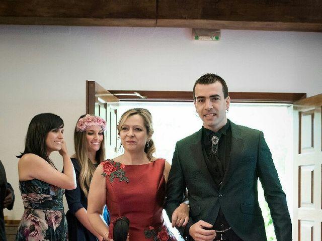 La boda de Héctor y Sharay en Pamplona, Navarra 11