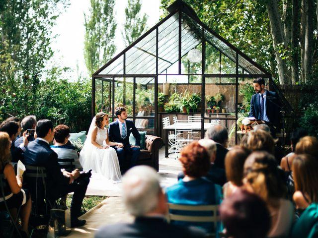 La boda de Carlos y Carla en Sant Pere Pescador, Girona 17