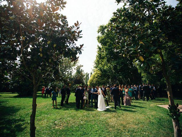 La boda de Carlos y Carla en Sant Pere Pescador, Girona 24