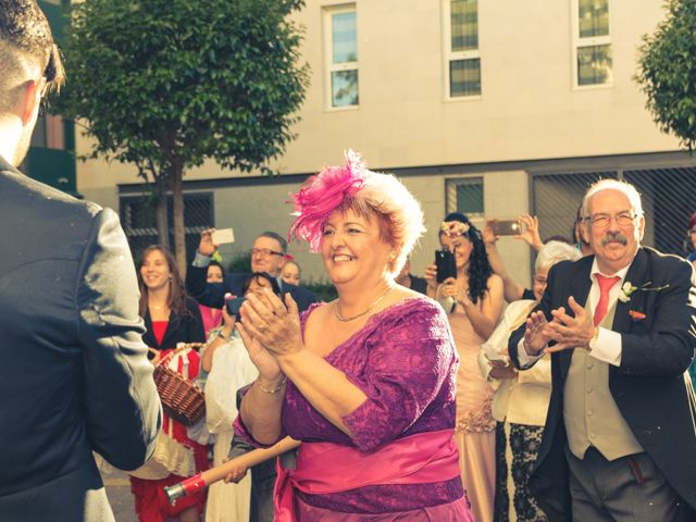 La boda de Roberto y Carmen en Humanes De Madrid, Madrid 19