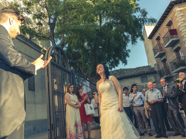 La boda de Roberto y Carmen en Humanes De Madrid, Madrid 20
