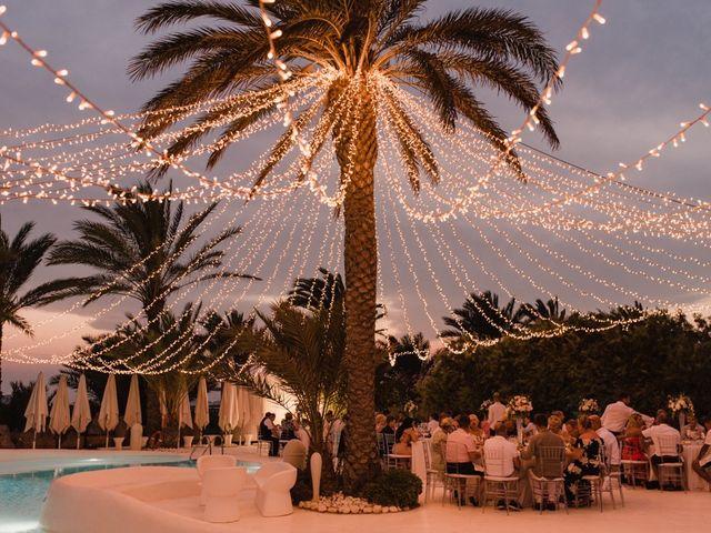 La boda de Bahry y Hayley en La Manga Del Mar Menor, Murcia 28