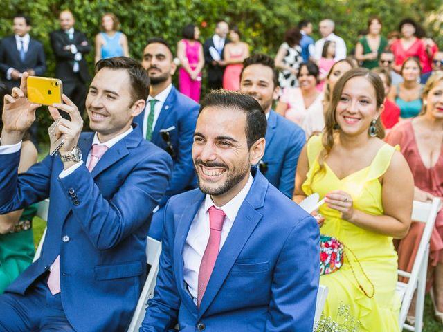 La boda de Almudena y Alejandro en El Puerto De Santa Maria, Cádiz 32