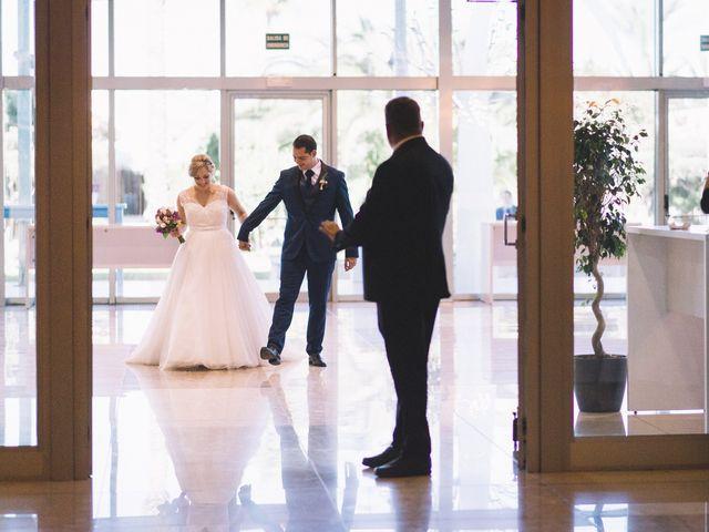 La boda de Óscar y Leslie en Alzira, Valencia 190