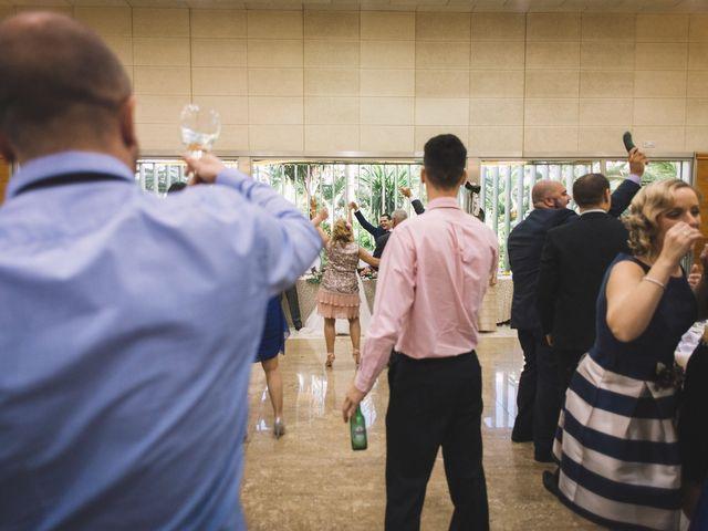 La boda de Óscar y Leslie en Alzira, Valencia 201