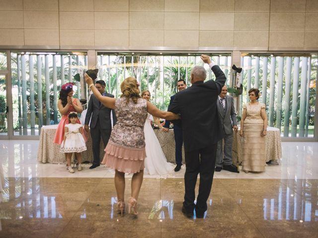 La boda de Óscar y Leslie en Alzira, Valencia 202
