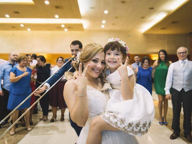 La boda de Óscar y Leslie en Alzira, Valencia 241