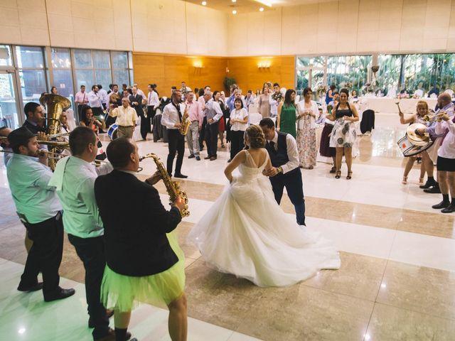 La boda de Óscar y Leslie en Alzira, Valencia 252