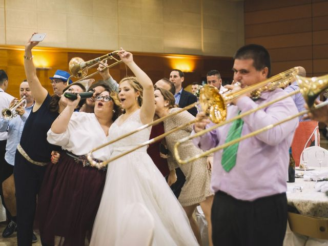 La boda de Óscar y Leslie en Alzira, Valencia 311