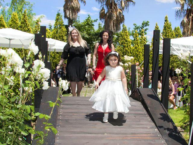 La boda de Carlos y Estela en Yunclillos, Toledo 27