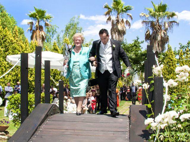 La boda de Carlos y Estela en Yunclillos, Toledo 30