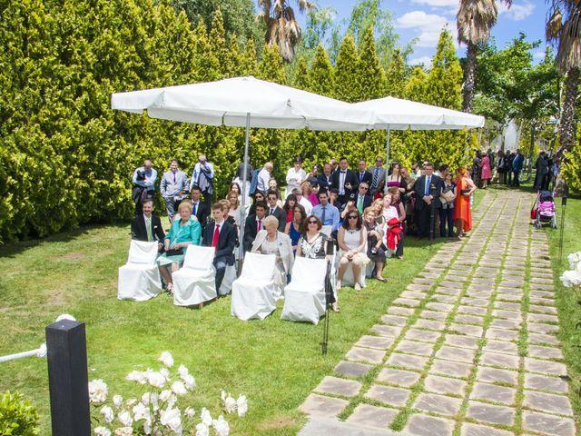 La boda de Carlos y Estela en Yunclillos, Toledo 33
