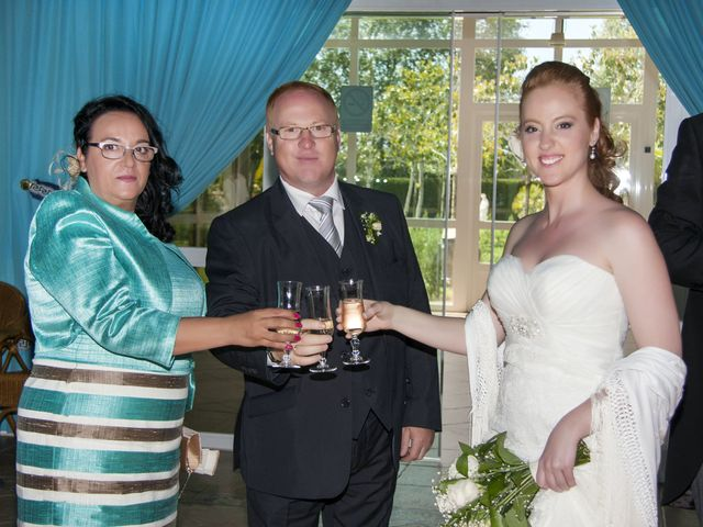 La boda de Carlos y Estela en Yunclillos, Toledo 69