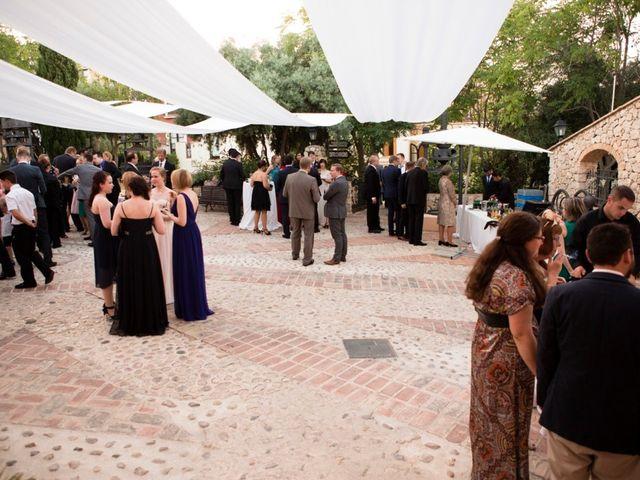 La boda de Jari y Minerva en Pueblo Acantilado, Alicante 6