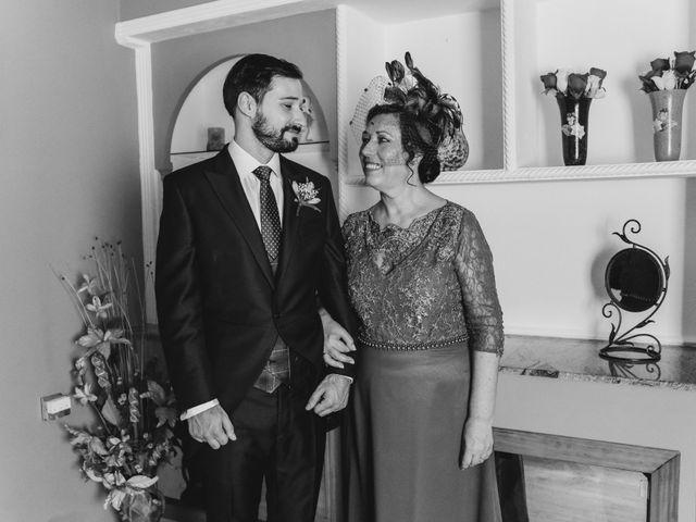 La boda de Tomás y Alicia en Coria, Cáceres 6