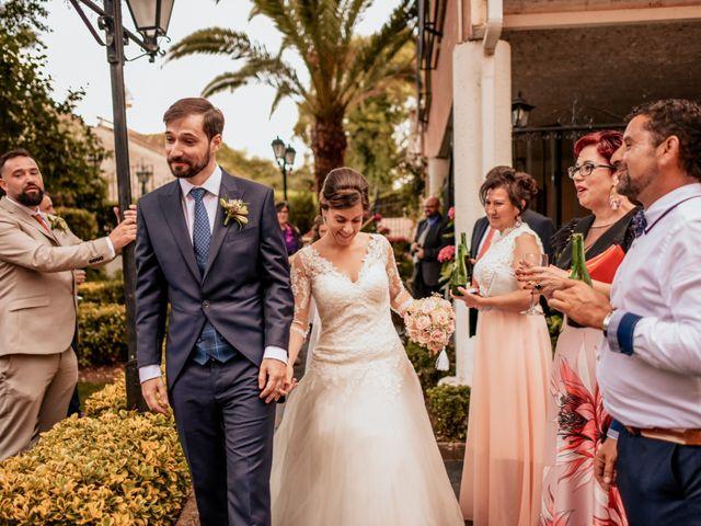 La boda de Tomás y Alicia en Coria, Cáceres 43