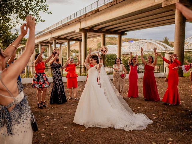 La boda de Tomás y Alicia en Coria, Cáceres 51