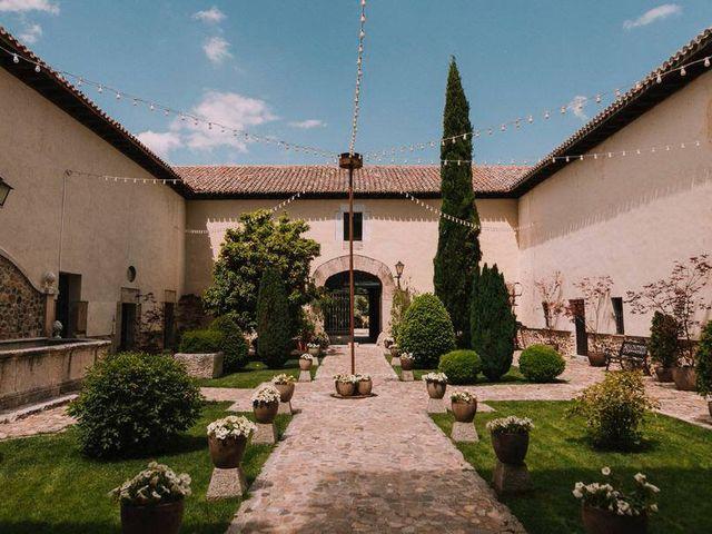 La boda de Camilo y Carmen en Torremocha Del Jarama, Madrid 4