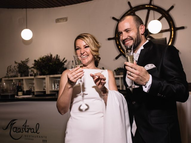 La boda de Roberto y Marina en Alacant/alicante, Alicante 21