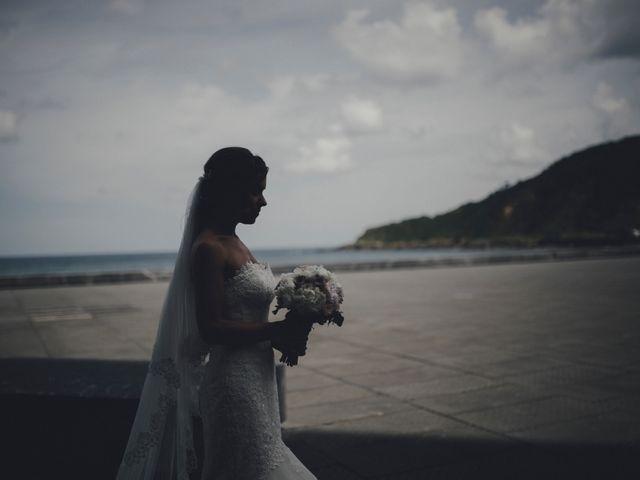 La boda de Álvaro y Ana en Donostia-San Sebastián, Guipúzcoa 32