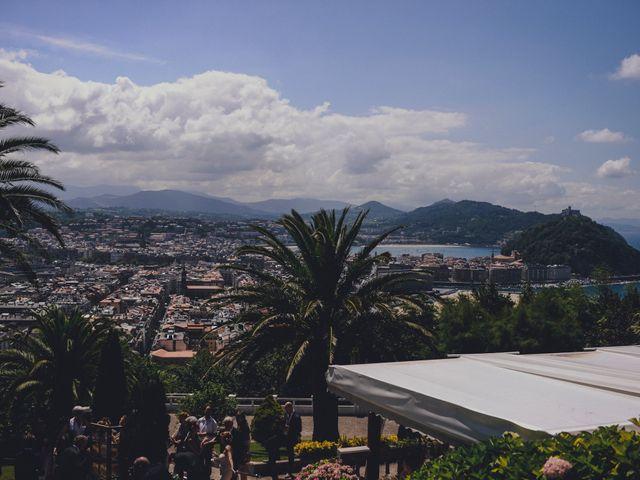 La boda de Álvaro y Ana en Donostia-San Sebastián, Guipúzcoa 37
