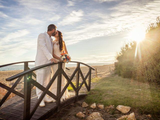 La boda de Felipe y Silvia en Motril, Granada 18