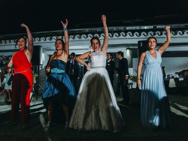 La boda de Alberto y Raquel en Simancas, Valladolid 65