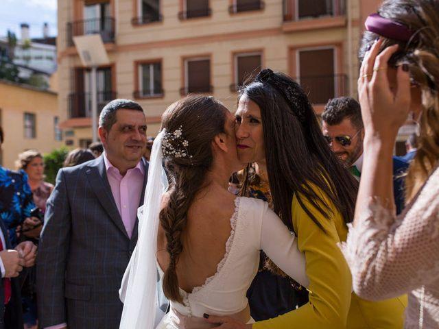 La boda de Alex y Sandra en Alacant/alicante, Alicante 25