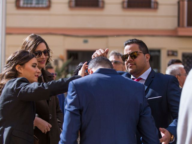 La boda de Alex y Sandra en Alacant/alicante, Alicante 26