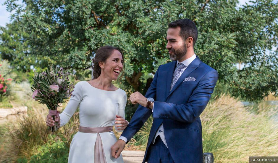 La boda de Alex y Sandra en Alacant/alicante, Alicante