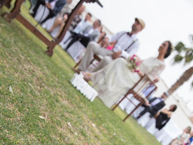 La boda de Adrián y Mari en Paiporta, Valencia 16