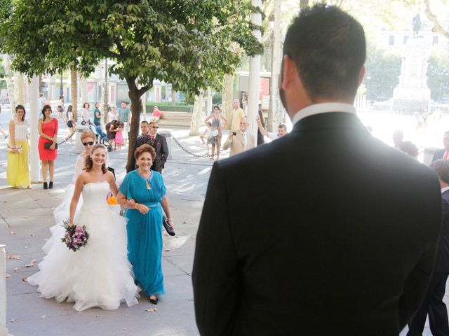 La boda de Miguel Angel y Raquel en Sevilla, Sevilla 9