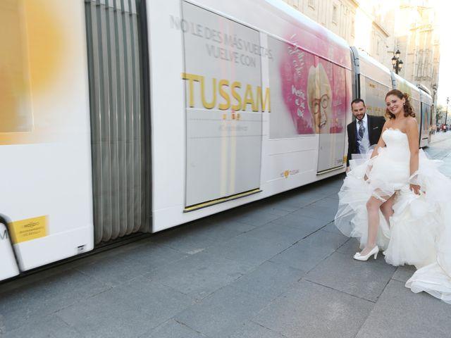 La boda de Miguel Angel y Raquel en Sevilla, Sevilla 20