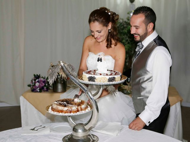 La boda de Miguel Angel y Raquel en Sevilla, Sevilla 23