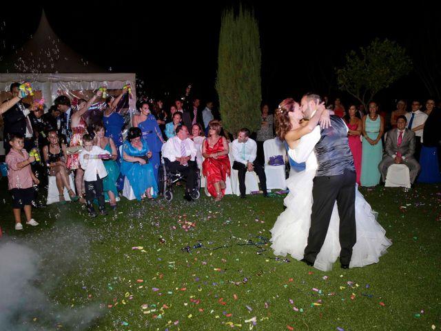 La boda de Miguel Angel y Raquel en Sevilla, Sevilla 24