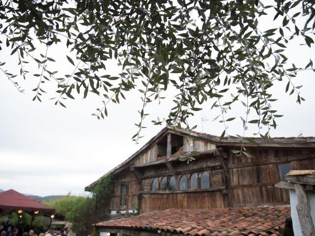 La boda de Borja y Nerea en Loiu, Vizcaya 14