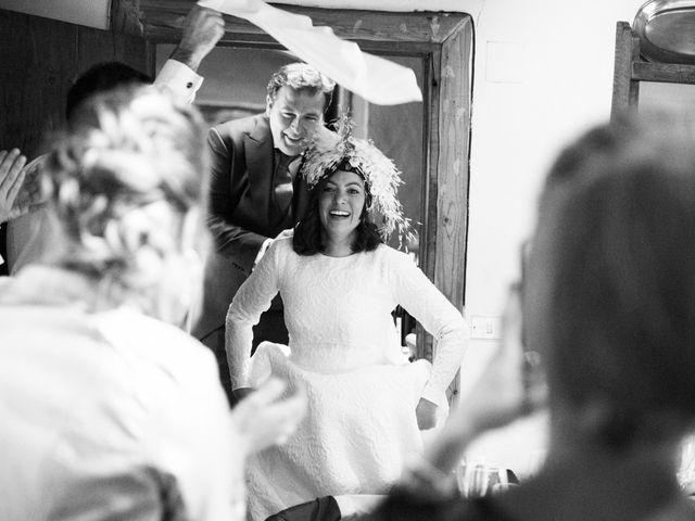 La boda de Borja y Nerea en Loiu, Vizcaya 30