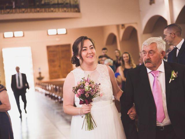 La boda de Adriano y Maika en Ponferrada, León 13