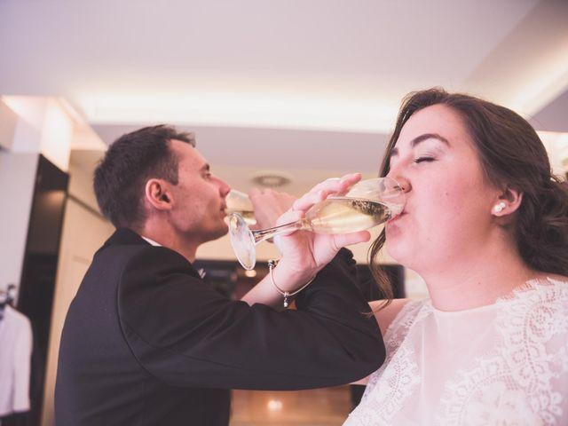 La boda de Adriano y Maika en Ponferrada, León 23